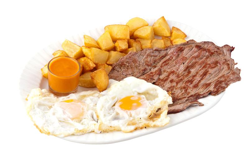 Restaurante Pirámides Plato filete huevos